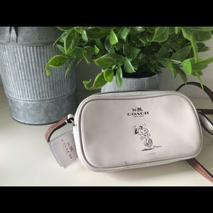 NWT COACH Snoopy Crossbody Pouch